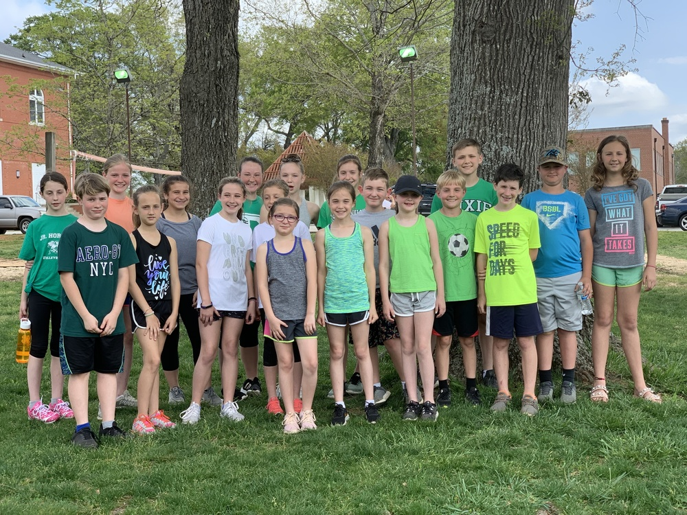 CTE Running Club Members Participate in Erskine's 5K