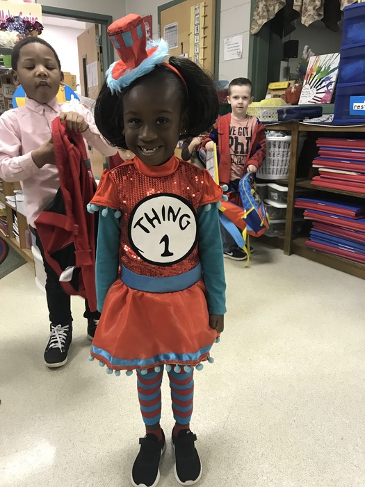 K4 Student dressed as Thing 1