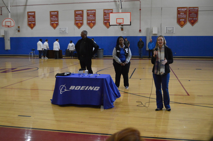 Boeing presents to WMS students about STEM