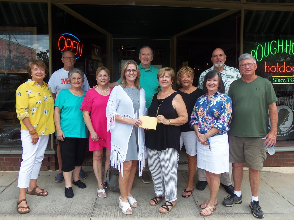 AHS Class of 1969 makes donation to Jennifer Erwin of Mary's Closet